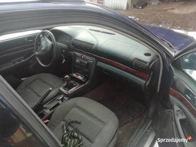 używany Audi A4 b5 lift kombi 1.9tdi 110km najtaniej
