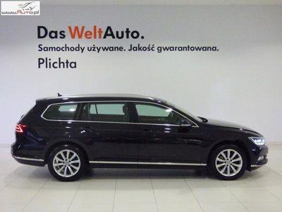 używany VW Passat 2dm3 190KM 2015r. 115 000km 2.0TDI DSG 190KM Highline Active Info Display Rear Assist System Navi