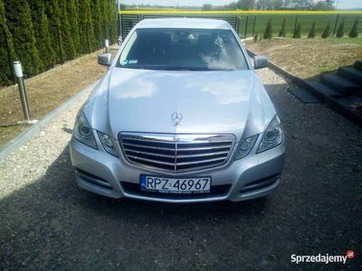 używany Mercedes E350 matic