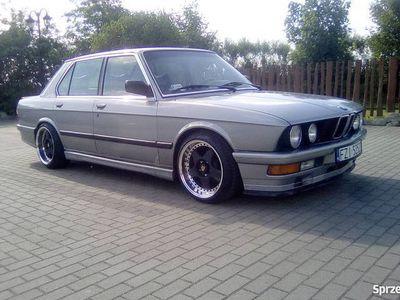 używany BMW M5 e28