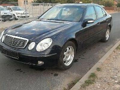używany Mercedes E270 Klasa E W211CDI Elegance