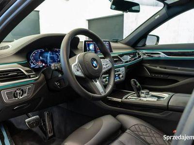 używany BMW 750 3dm 400KM 2019r. 5 700km