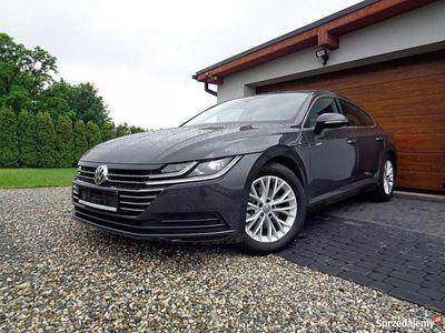 używany VW Arteon 1.5dm 150KM 2018r. 11 000km