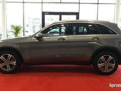 używany Mercedes GLC220 2.1dm 170KM 2018r. 55 834km