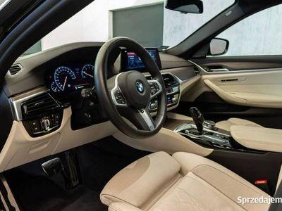 używany BMW 530 2dm 252KM 2018r. 23 300km