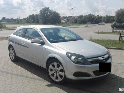 używany Opel Astra GTC 1.6 115KM 2007r.