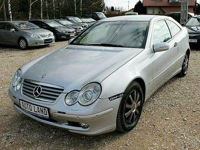 używany Mercedes C180 1.8dm 143KM 2003r. 156 000km