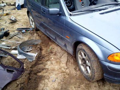 używany BMW 318 e46na części