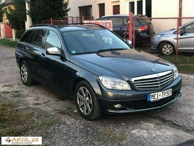 używany Mercedes 220 Inny 2.2dm 170KM 2007r.000km