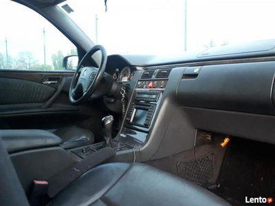 używany Mercedes E270 W210Avantgarde lift