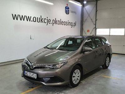 używany Toyota Auris Auris II ,Hatchback 15-19, 1.6 Premium, Grzędy