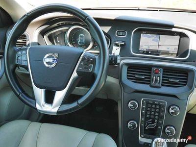używany Volvo V40 II 2.0D3 150KM Sumum -Navi -Bogata wersja - FILM VIDEO -Zobacz