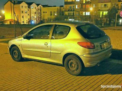 używany Peugeot 206 1,4i 2002 16v 3 drzwiowy