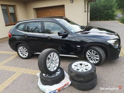 używany BMW X1 2xkpl. opon na alufelgach