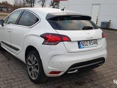 używany Citroën DS4 biała perła maxymalnie wyposażony