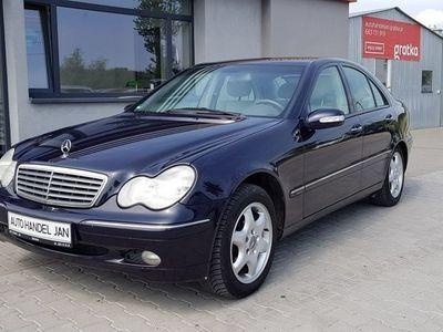 używany Mercedes C240 2,6 Ben 4-Matic W203 (2000-2007)