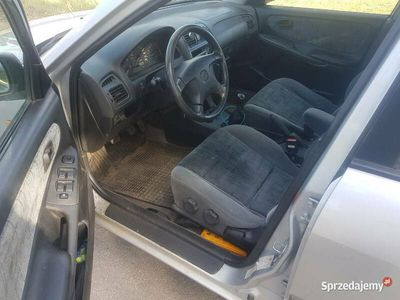 używany Mazda 626 1.8 benzyna