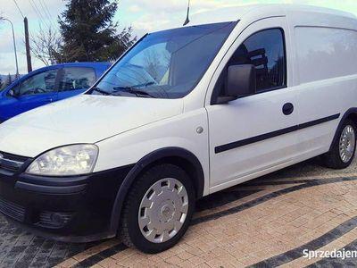 używany Opel Combo 2009 1,7 CDTI Wymieniony rozrząd oleje