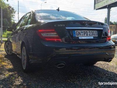 używany Mercedes C350