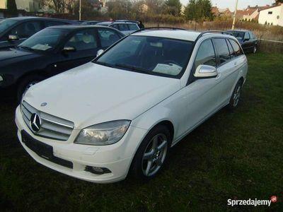 używany Mercedes C200 2.2dm 136KM 2007r. 305 000km