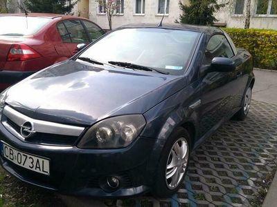 używany Opel Tigra Cabrio 1.4 Benz. 2006r. skóra klima alu 16