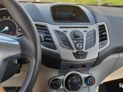 używany Ford Fiesta Mk7 model 2015