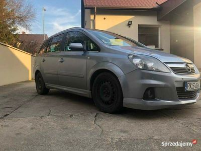 używany Opel Zafira B OPC POLIFT 1.7CDTI 2009r