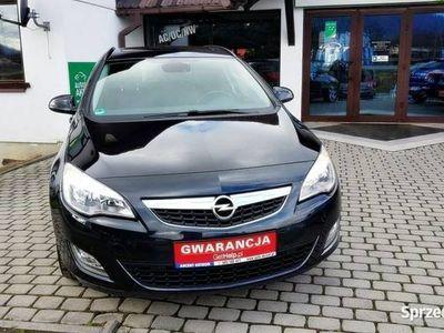 używany Opel Astra 1.4dm 140KM 2012r. 111 040km