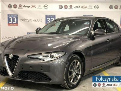 używany Alfa Romeo Giulia Super 2.0 200KM AT8 | Szary VESUVIO | Asystent kierowcy + | CARPLAY