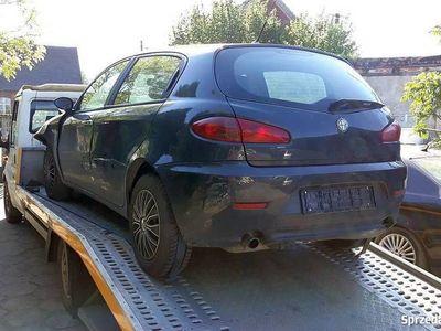 używany Alfa Romeo 147 2006r 1.9JTD 150KM uszkodzona, zarejestrowana