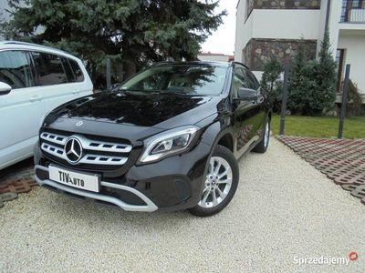 używany Mercedes GLA180 1.6dm 122KM 2018r. 23 000km