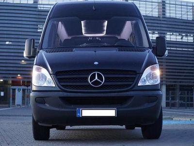 używany Mercedes Sprinter 313 CDI 130 KM 9 osób zabudowa VIP
