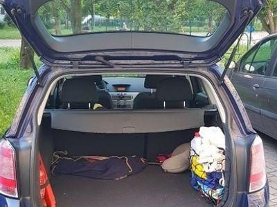 używany Opel Astra III H 2010r. KOMBI 1.7cdti 110KM