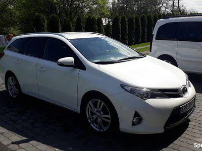 używany Toyota Auris Kombi 1.4 D4D Premium LED Parktronic