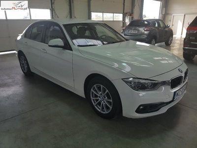 używany BMW 318 seria 3 2.0dm3 150KM 2017r. 47 503km d aut