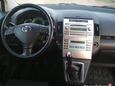używany Toyota Corolla Verso 2.2 D 136 KM