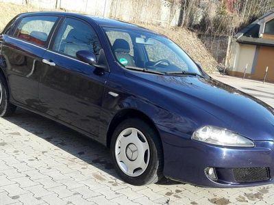 używany Alfa Romeo 147 1,6 benzyna, 2006 rok, Opłacony nowy rozrząd
