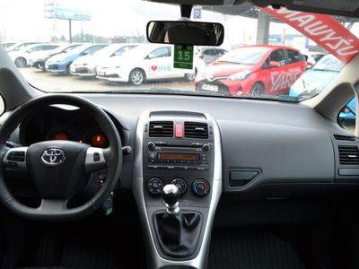 używany Toyota Auris 1.33 VVT-i Terra Benzyna, 2012 r.
