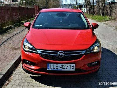 używany Opel Astra 1dm 105KM 2018r. 32 000km