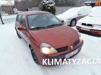 używany Renault Clio II Clio 1.4dm3 98KM 2002r. 215 000km sprzedam1,4 benzyna