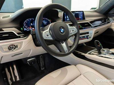 używany BMW 750 3dm 400KM 2019r. 5 147km