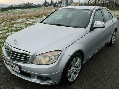 używany Mercedes C180 1.8dm 156KM 2008r. 275 000km