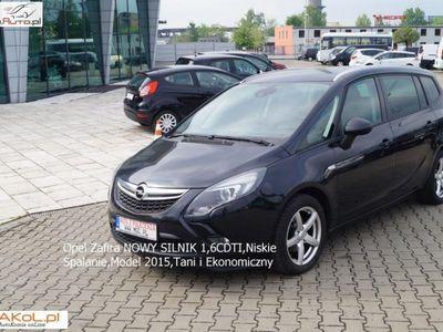 używany Opel Zafira 1.6dm 136KM 2014r. 12 400km