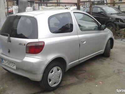 używany Toyota Yaris 1,0 2000 klima