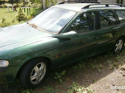 używany Opel Vectra B kombi 2.0+LPG dawca części.