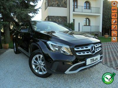 używany Mercedes GLA180 1.5dm 109KM 2017r. 58 000km