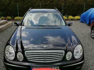 używany Mercedes E200 Klasa