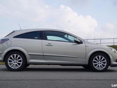 używany Opel Astra GTC Astra III1,6 Benzyna