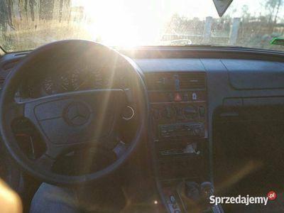 używany Mercedes C180 benz.+gaz, utrzymany + nowe opłaty