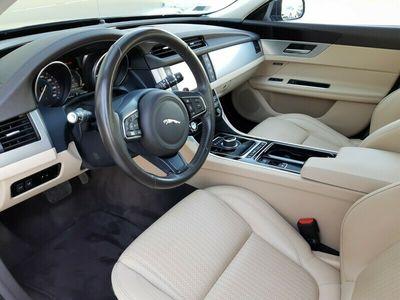 używany Jaguar XF Prestige